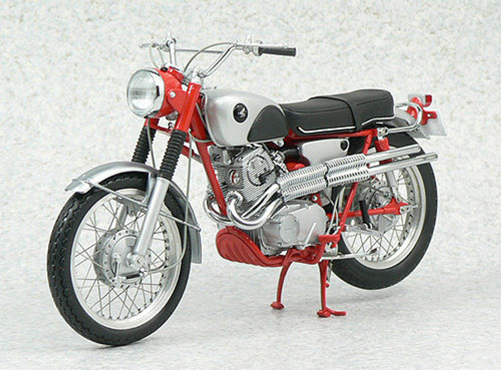 Ebbro 10011 Honda CL72 Export 1962 1/10 Scale