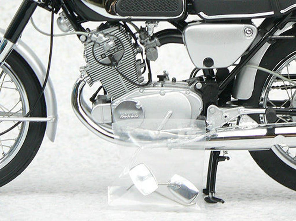 Ebbro 10013 Honda CB72 1960 1/10 Scale