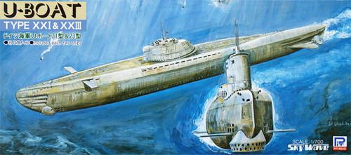 Pit-Road Skywave W-19 German U-Boat Type 21 & 23 1/700 Scale Kit