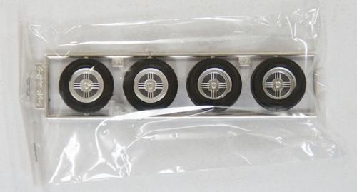 Fujimi TW34 Shadow Spoke Wheel & Tire Set 15 inch 1/24 Scale Kit