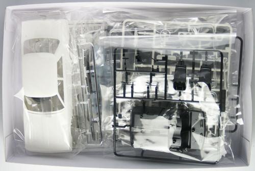Fujimi ID-174 Nissan Skyline Japan 2000GT-EL C210 Late Version 1/24 Scale Kit