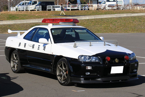 Fujimi ID-87 Nissan Skyline (R34) GT-R Police Car 1/24 scale kit