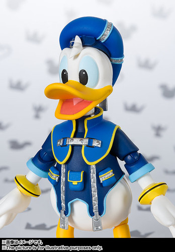 Bandai 208716 S.H. Figuarts Donald Duck Figure (Kingdom Hearts II)