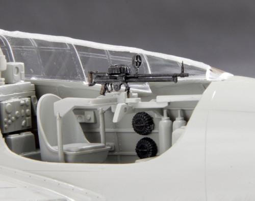 Fine Molds NC11 IJN Type 92 7.7mm MG (Lewis Gun) 1/48 scale kit