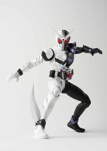 Bandai 221388 S.H. Figuarts Kamen Rider W Fang Joker Figure