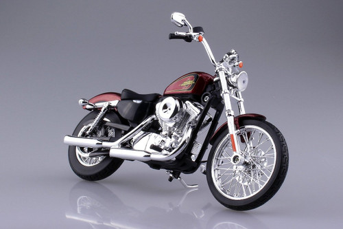 Aoshima Skynet 04408 Harley-Davidson 2012 XL 1200V Seventy-Two Red 1/12 scale Finished Model