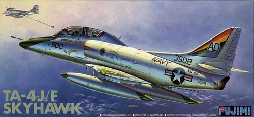 Fujimi F25 TA-4J/F Skyhawk Black Bunny 1/72 Scale Kit