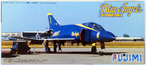 Fujimi F34 F-4J PHANTOM II Blue Angels 1/72 Scale Kit