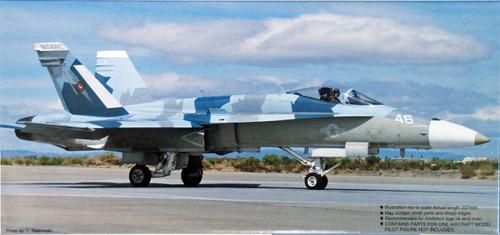 Fujimi F39 F/A-18A Hornet Top Gun 1/72 Scale Kit