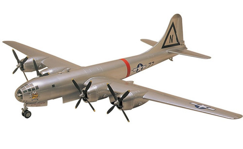 Doyusha 400968 B-29A Superfortress Enola Gay 1/72 Scale Plastic Kit