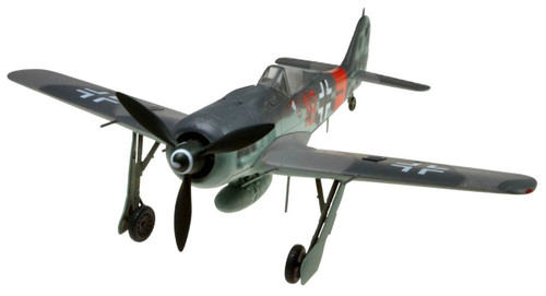 Doyusha 403082 Fockewulf Fw190A-8 1/72 Scale Fully Pre-painted Plastic Kit