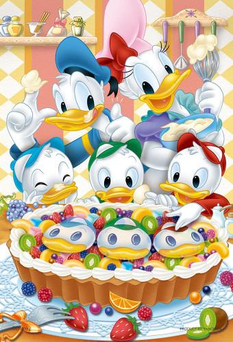 Yanoman Jigsaw Puzzle 99-443 Disney Donald Daisy Happy Tart (99 Small Pieces)