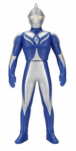 Bandai Ultraman Ultra Hero Series 16 Ultraman Cosmos (Luna Mode) Figure