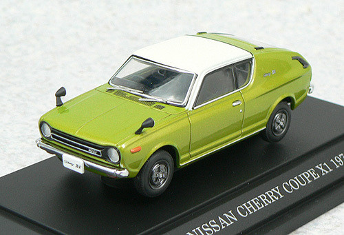 Ebbro 43506 NISSAN CHERRY COUPE X1 WHITE TOP 1/43 Scale