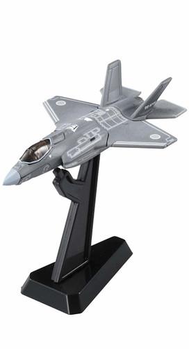 Takara Tomy Tomica Premium 28 JASDF F-35A F-35 Lightning II