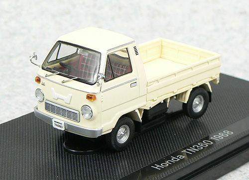 Ebbro 43985 HONDA TN360 1968 Ivory 1/43 Scale