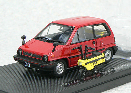 Ebbro 44016 HONDA CITY Red with Motocompo Yellow 1/43 Scale