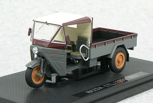 Ebbro 44110 Mazda CTL/1200 1952 (Gray/Brown) 1/43 Scale