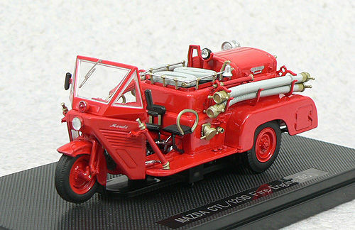 Ebbro 44111 MAZDA CTL/1200 FIRE ENGINE 1950 1/43 Scale