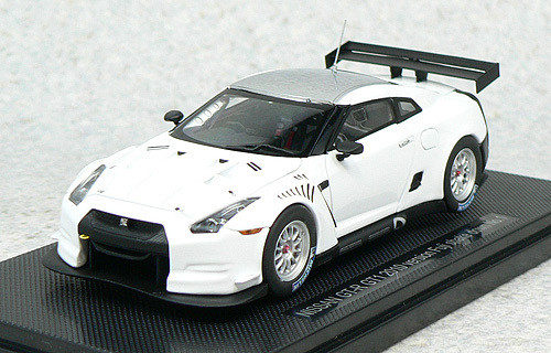 Ebbro 44317 Nissan GT-R GT1 2010Version Fuji Shakedown No.1 (White) 1/43 Scale