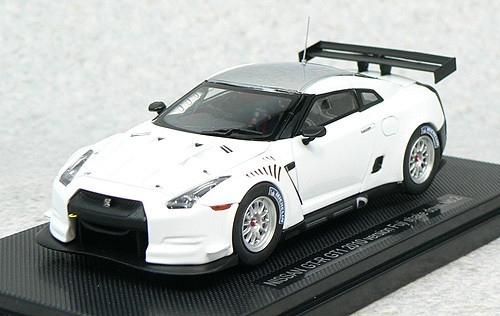 Ebbro 44318 Nissan GT-R GT1 2010Version Fuji Shakedown No.2 (White) 1/43 Scale