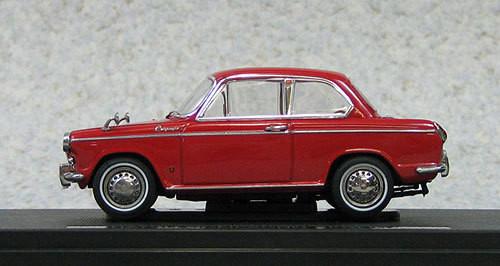 Ebbro 44338 Daihatsu Compagno Berlina (Red) 1/43 Scale