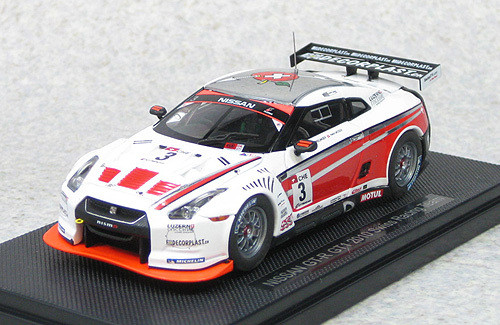 Ebbro 44355 Nissan GT-R GT1 2010 Swiss Racing Team No.3 (White/Red)1/43 Scale
