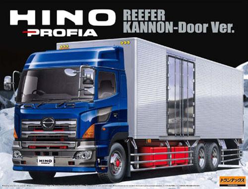 Aoshima 00410 Hino Profia Reefer Kannon-Door Version Truck 1/32 Scale Kit