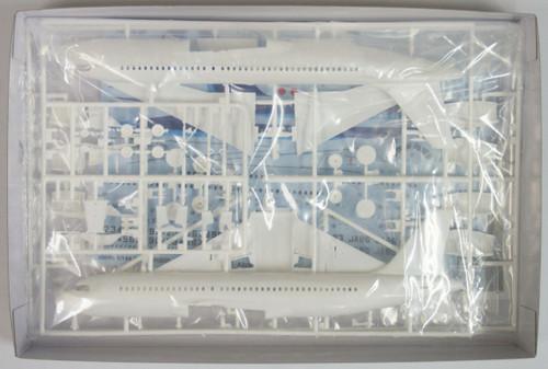 Hasegawa 10696 ANA Airbus A320 (All Nippon Airways) 1/144 Scale Kit