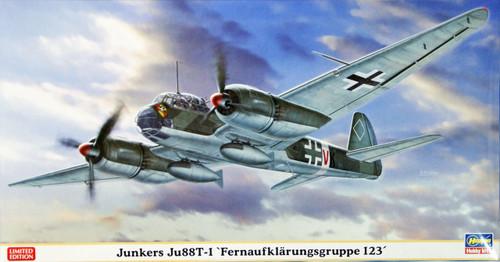 Hasegawa 02073 Junkers Ju88-1 Fernaufklarungsgruppe 123 1/72 Scale Kit