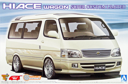 Aoshima 10457 Toyota HIACE Wagon Super Custom Limited 1/24 Scale Kit