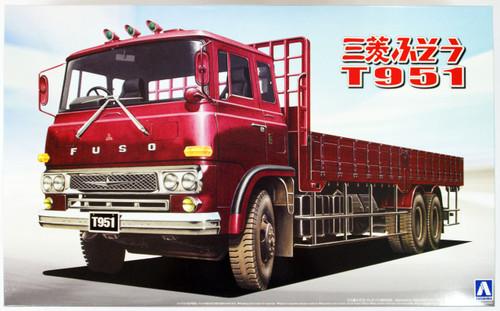 Aoshima 07198 Mitsubishi Fuso T951 Truck 1/32 Scale Kit