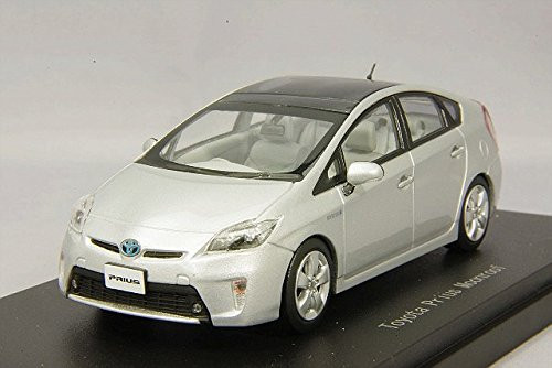 Ebbro 45149 Toyota Prius Moonroof Silver Metallic 1/43 Scale