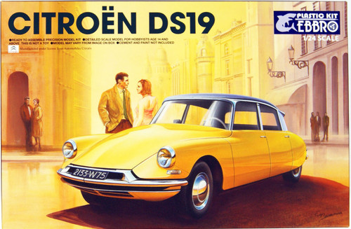Ebbro 25005 Citroen DS19 1/24 Scale plastic model Kit