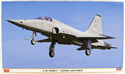 Hasegawa 08243 F-5E Tiger II Taiwan Air Force Limited Edition 1/32 Scale Kit