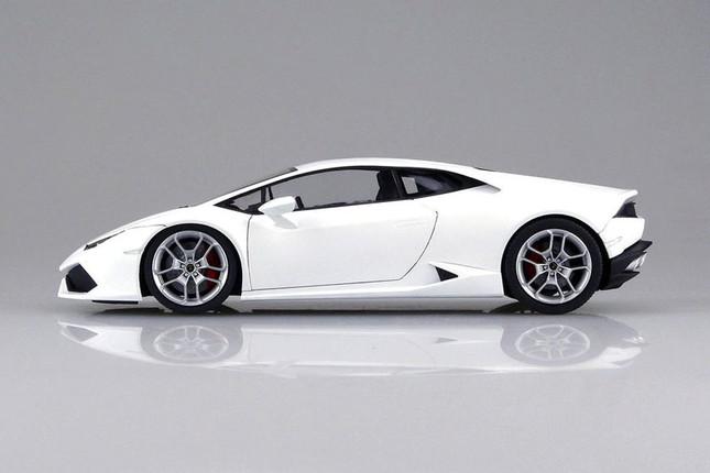7 Lamborghini Scale Models Every Collector Must Own
