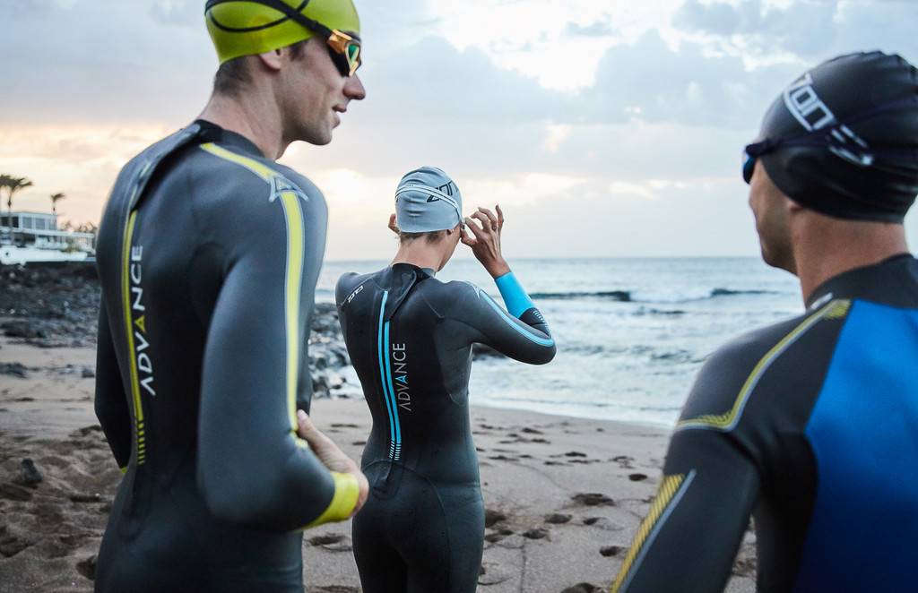 7  TOP  TIPS  FOR  BUYING  A  WETSUIT