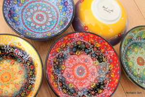 20cm handmade and hand painted ceramic bowls in the Special Kabartma Style