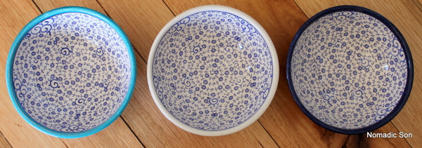 12cm Ceramic bowl, handmade and hand painted in Turkey. Food safe.  Hand wash.