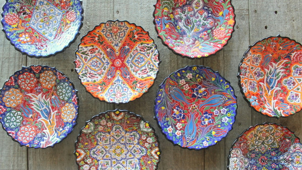 Gorgeous hand painted plates from Turkey.  Painted in the Kabartma style.  Diameter 18cm.