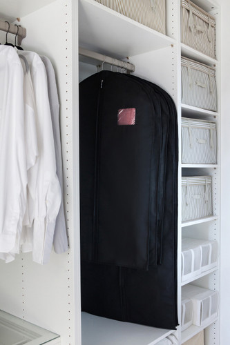 Breathable Black Suit Cover