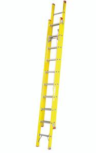 Tradesman Industrial Fibreglass Extension Ladder