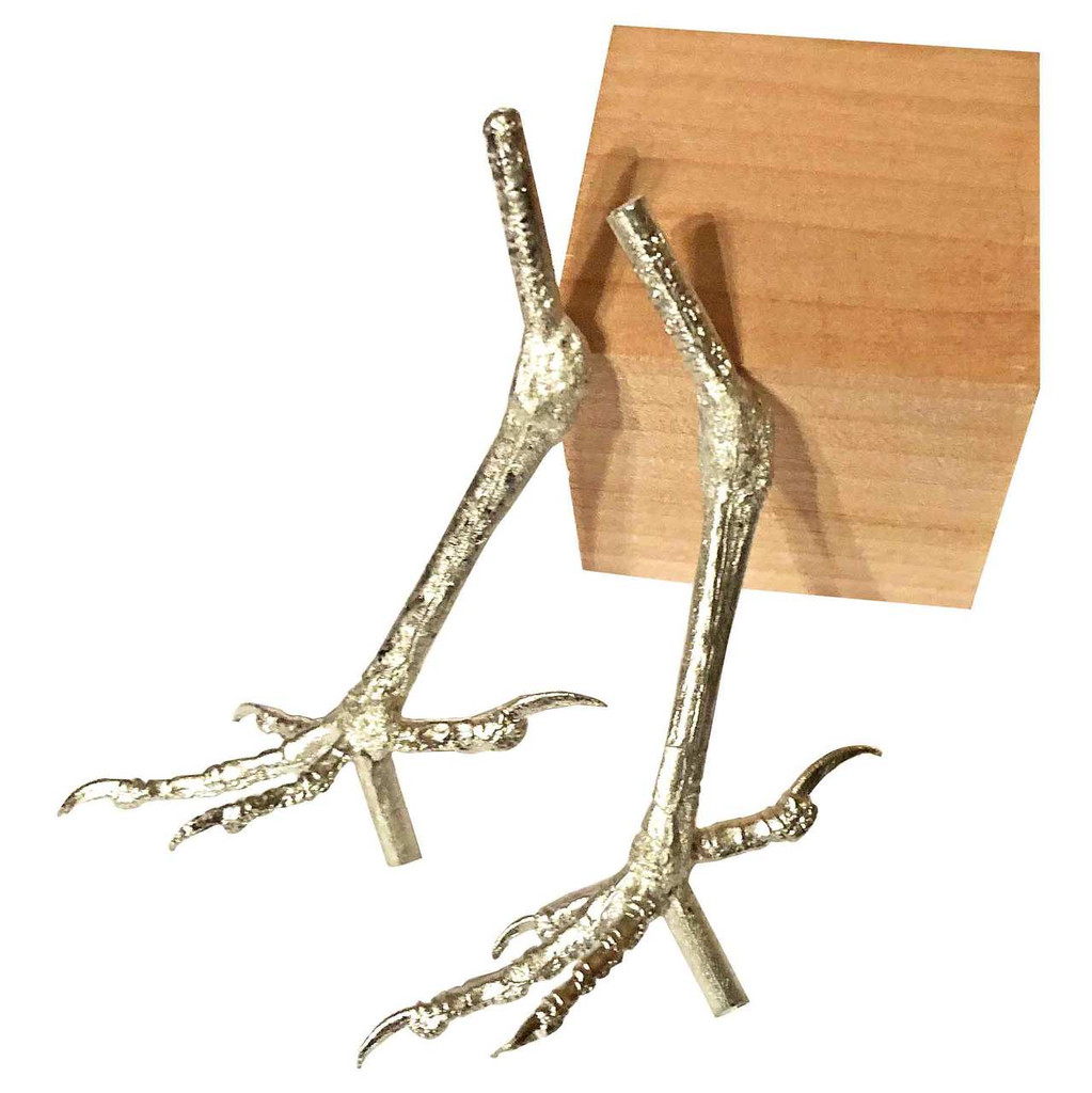 These Red Wing Blackbird feet from the Delise Feet collection show the tenons under the feet that can be used for mounting the bird to a branch or structure or simply cut off.