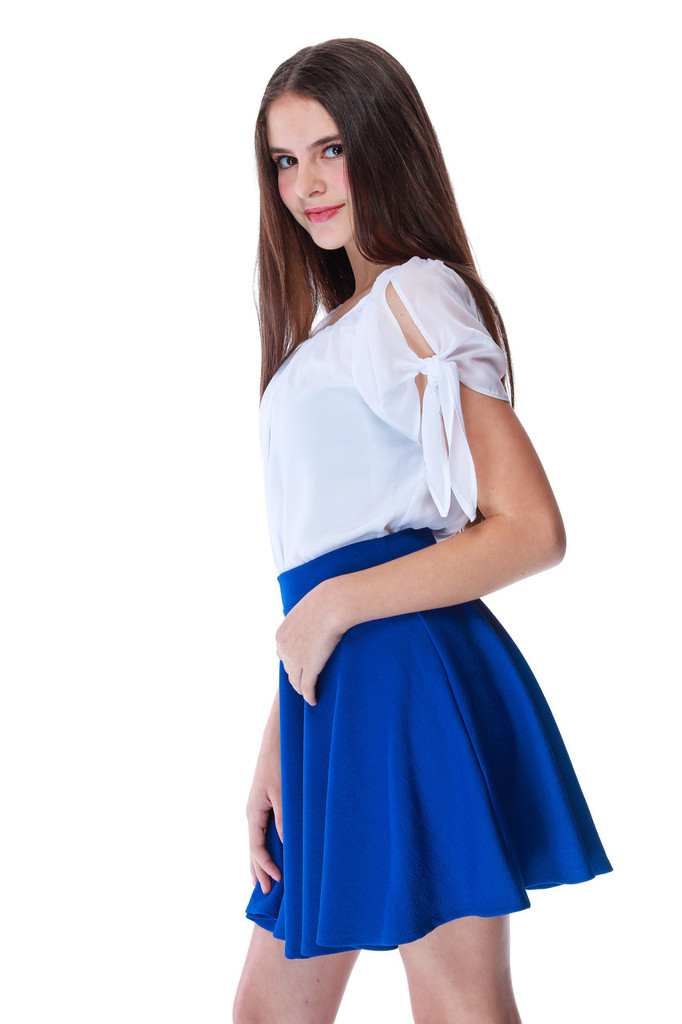Chiffon Cold Shoulder Knotted Top in White