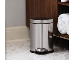 Simplehuman, Stainless Steel Round Step Can, 4.5 liters - CW1851, Installation View
