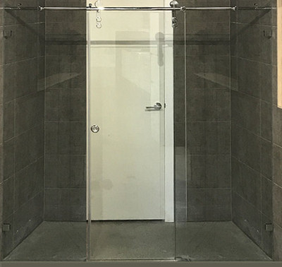 Wall to wall sliding door shower screen