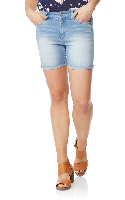 Irresistible Midthigh Shorts In Beverly