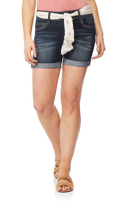 Luscious Curvy Belted Midthigh Shorts In Betsy