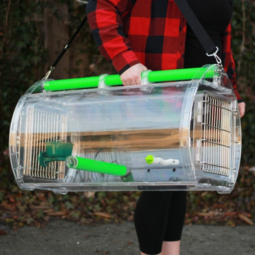 Clear structure of this unique, lightweight travel cage delivers 360 degree visibility to birds, while still offering them safety