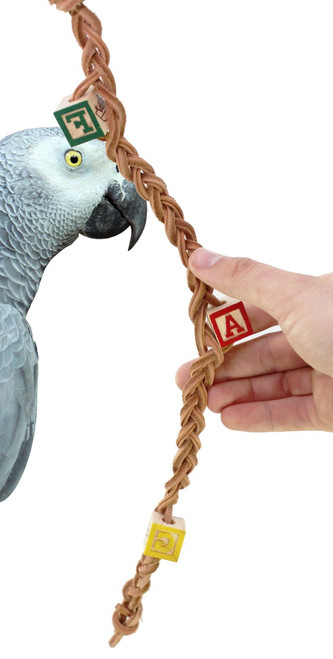 1014 Platt me is yet another chew busy toy that will keep your medium sized bird full entertained. A long leather Platt is woven with colorful, chewable, ABC blocks, simple and effective this will offer lots of climbing and chewing activities.
